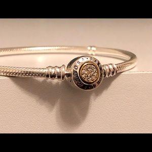 New Authentic Pandora Bracelet Size 19